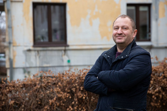 Joshvydas Elinskas / 15min. Photo / Meteorite collector Mikhail