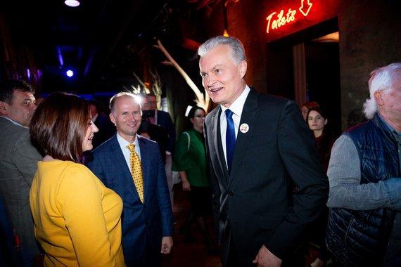 Josvydo Elinsko / 15min nuotr./Gitano Nausėdos štabas laukia Lietuvos prezidento rinkumų rezultatų