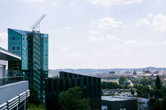 Josvydo Elinsko / 15min nuotr./Verslo centras sostinės Geležinio Vilko gatvėje