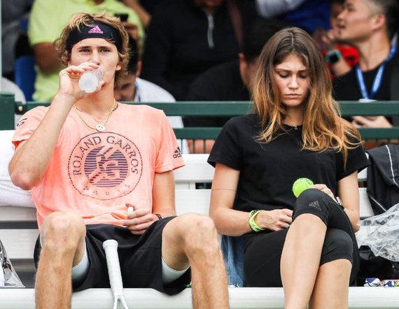 essentiallysports nuotr./Alexanderis Zverevas ir Olya Sharypova