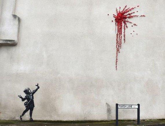 """""""Scanpix"""" nuotr./Banksy kūrinys ant pastato Vakarų Anglijoje"""