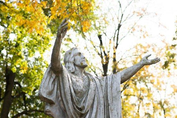 JP nuotr./Naujamiesčio kapinės