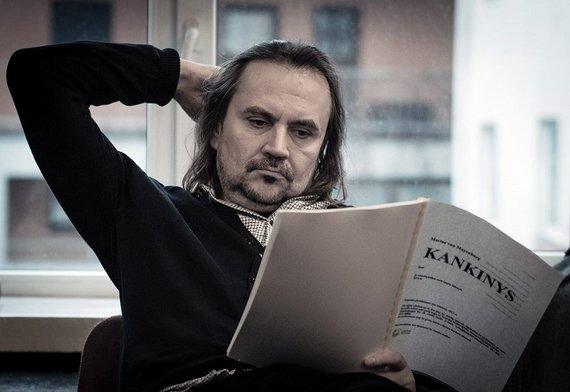 """Tomo Ivanausko nuotr./Koršunovas """"Kankinio"""" repeticijoje"""