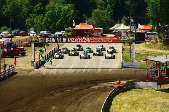 Organizatorių nuotr./Europos autokroso čempionato etapas Vilkyčiuose