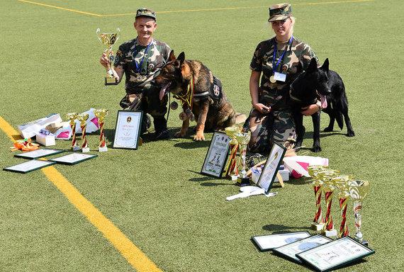 VSAT nuotr./XXI-ojo tarnybinių šunų meistriškumo čempionato akimirka