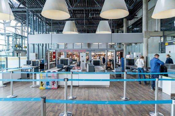 M.Jaugelavičiaus nuotr./Aviacijos saugumo patikra Kauno oro uoste