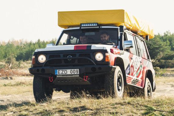 """Organizatorių nuotr./Deividas Gailius ir Žygimantas Janavičius susitiko su """"RZGroup.lt Tour Africa"""" ekipažu"""
