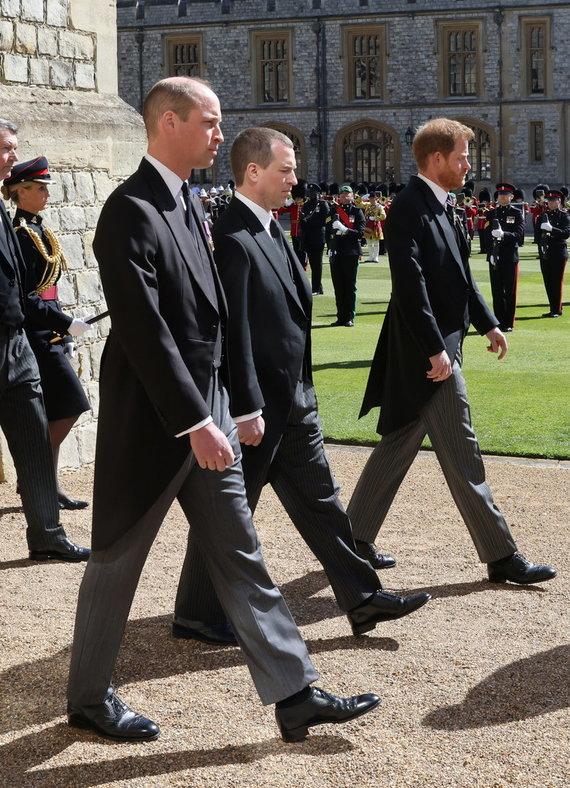 """""""Scanpix"""" nuotr./Princas Harry ir princas Williamas senelio Philipo laidotuvėse"""