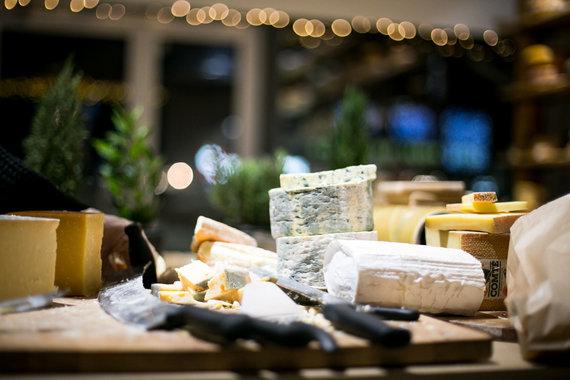 Partnerio nuotr./Sūrių ir vynų degustacija tamsoje