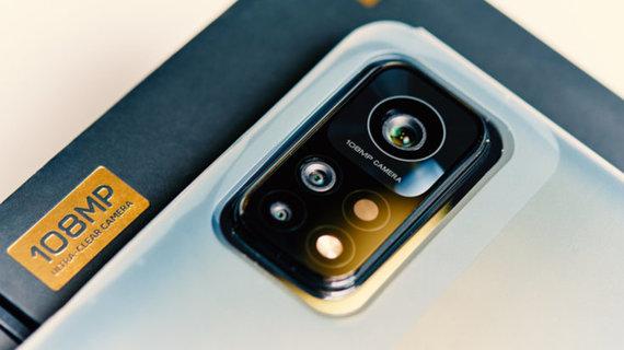 Shutterstock nuotr./Naują telefoną visada iškraunate iki galo? 5 mitai ir faktai apie išmaniuosius