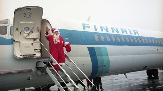 """""""Neste Lietuva"""" with """"Finnair"""" bring the Santa Claus from Lapland to Lithuania (ELTA)"""