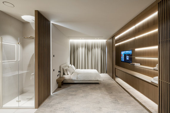 JUNG hotel room