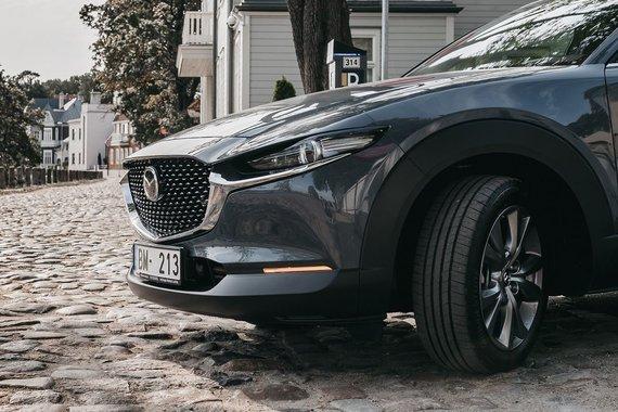 """Gamintojo nuotr./""""Mazda CX-30"""""""