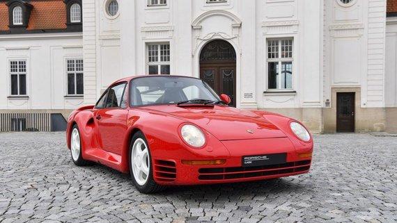 Gatvėmis važinėjo daugiau nei trys šimtai Porsche 959 egzempliorių – tai buvo greičiausias serijinės gamybos automobilis