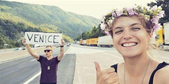 Asmeninio albumo nuotr./Praėjusiais metais autostopu pasiekę Veneciją, šįmet Laurynas ir Darija Marija tranzavo į Bulgariją