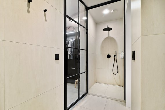 """""""Tomasfoto"""" nuotr./Vilniečiai norėjo savo namuose turėti ir vonią, ir dušą"""