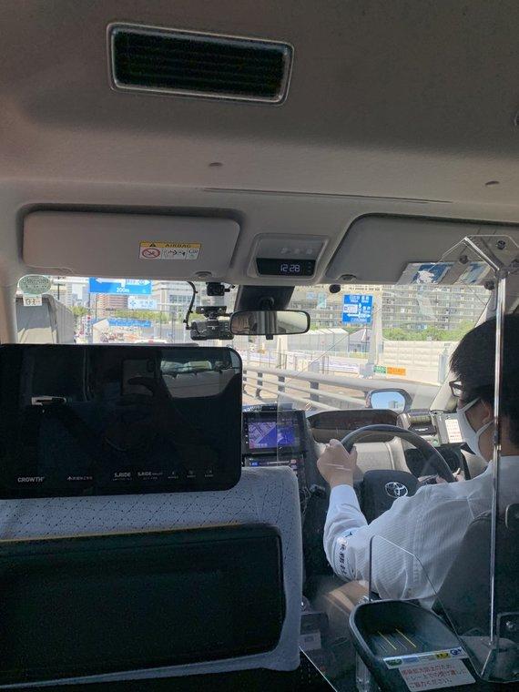 Mariaus Milašiaus, 15min nuotr./Kelionė link viešbučio specialiu Tokijo taksi