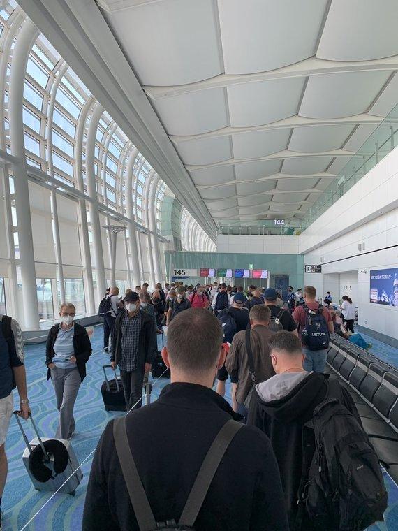 Mariaus Milašiaus, 15min nuotr./Patikros punktai Tokijo oro uoste