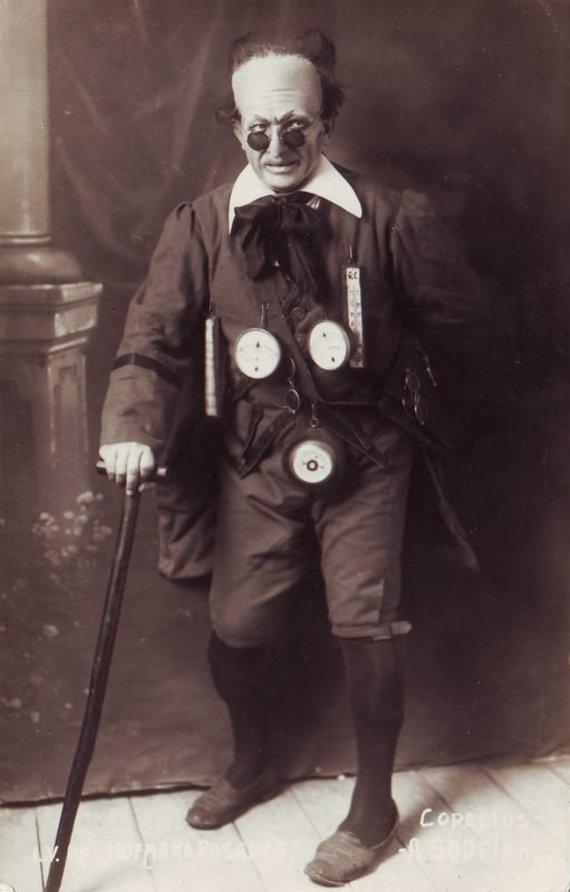 """""""Europeana"""" nuotr./Kopelijus – Antanas Sodeika. J. Offenbach """"Hofmano pasakos"""". 1925 m."""