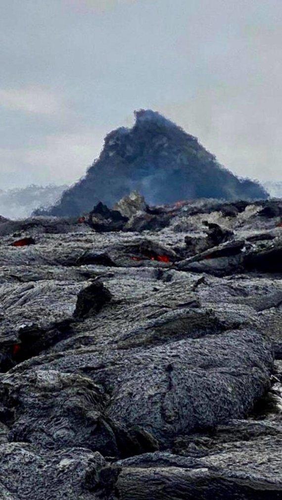 Donato Arlausko nuotr./Donato Arlausko kadruose – įspūdingi besiveržiančio ugnikalnio vaizdai