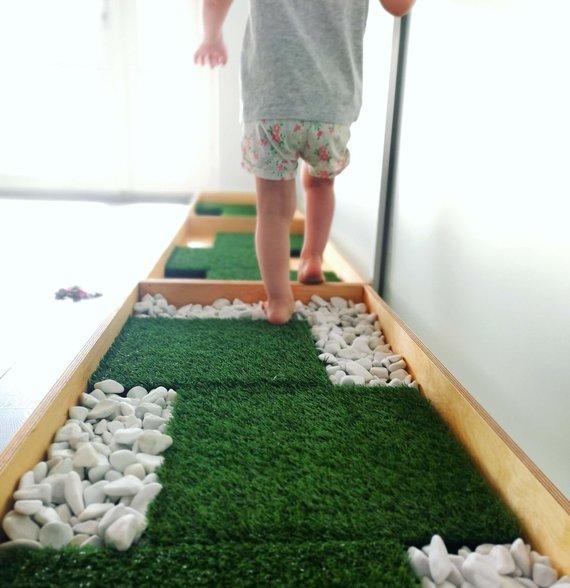 Asmeninio archyvo nuotr./Studijoje yra atskira zona vaikams – jų užimtumo kampelis su pėdučių sveikatingumo taku