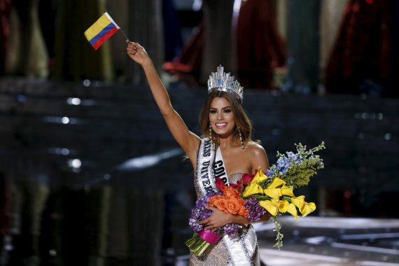 """""""Reuters""""/""""Scanpix"""" nuotr./Kolumbietė Ariadna Gutierrez per klaidą buvo paskelbta """"Mis Visata"""""""
