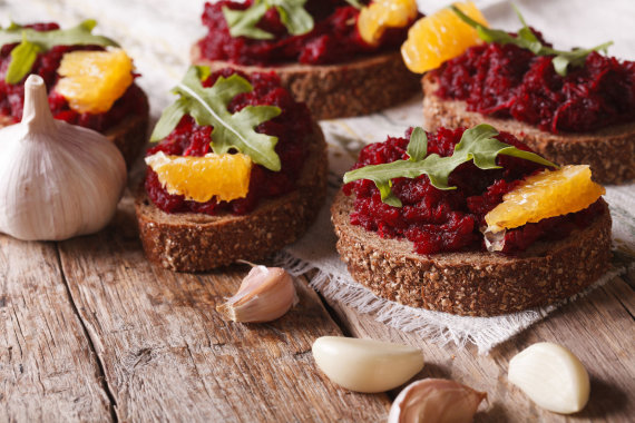 123RF.com nuotr./Sumuštiniai su burokėliais, apelsinais ir gražgarstėmis