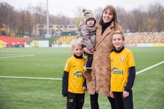 Josvydo Elinsko / 15min nuotr./Vaida Grikšaitė-Česnauskienė su šeima
