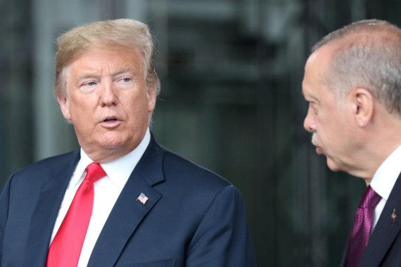 """""""Reuters""""/""""Scanpix"""" nuotr./D.Trumpas ir R.T.Erdoganas"""