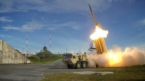 """""""Reuters""""/""""Scanpix"""" nuotr./Priešraketinės gynybos sistema THAAD per pratybas"""