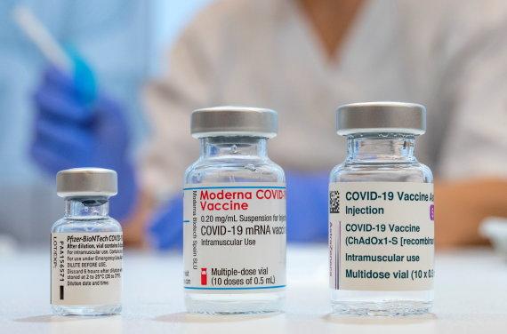 """Reuters"" / ""Scanpix"" nuotr./Vakcina nuo COVID-19"