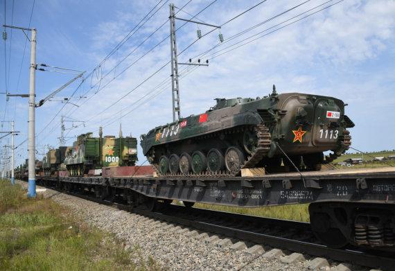 """""""Scanpix"""" nuotr./Kinijos karinė įranga keliauja į pratybas """"Vostok 2018"""""""