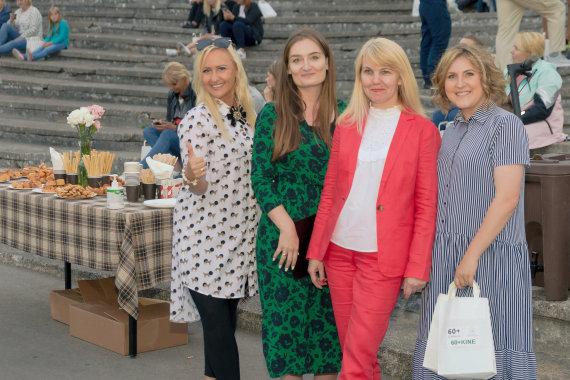 """D.Minsės nuotr./Renginio """"60+ KINE"""" akimirkos. Laura Balčiūtė (dešinėje)"""