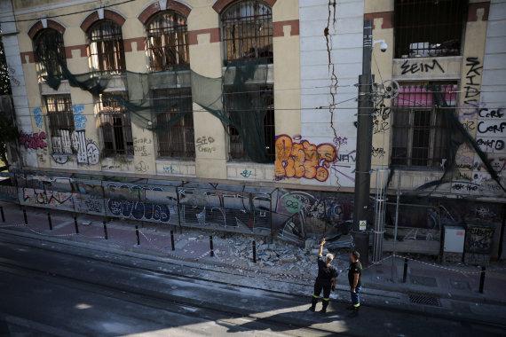 """""""Scanpix"""" nuotr./Žemės drebėjimo Atėnuose padariniai"""