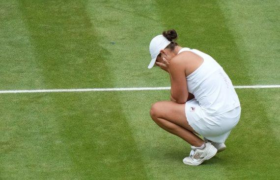 """""""Scanpix"""" nuotr./Ashleigh Barty laimėjo Vimbldono turnyrą."""