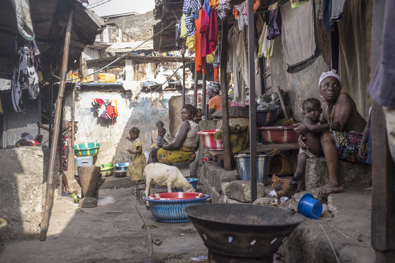 Samuelio Hauensteino Swano nuotr./Vietos žmonių gyvenimas Siera Leonėje