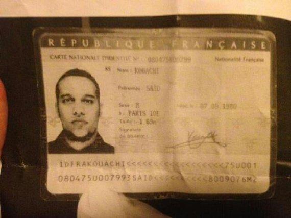 lepoint.fr nuotr./Vieno iš įtariamųjų – Saido Kouachi – asmens dokumentas