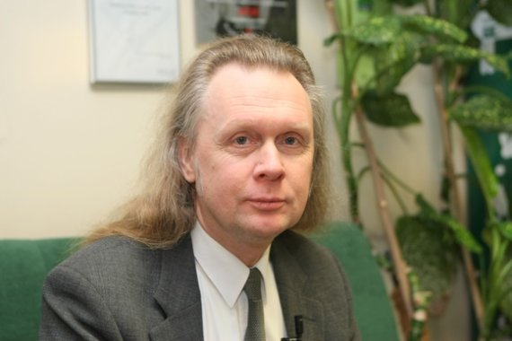 Juliaus Kalinsko / 15min nuotr./Finansų analitikas Valdemaras Katkus