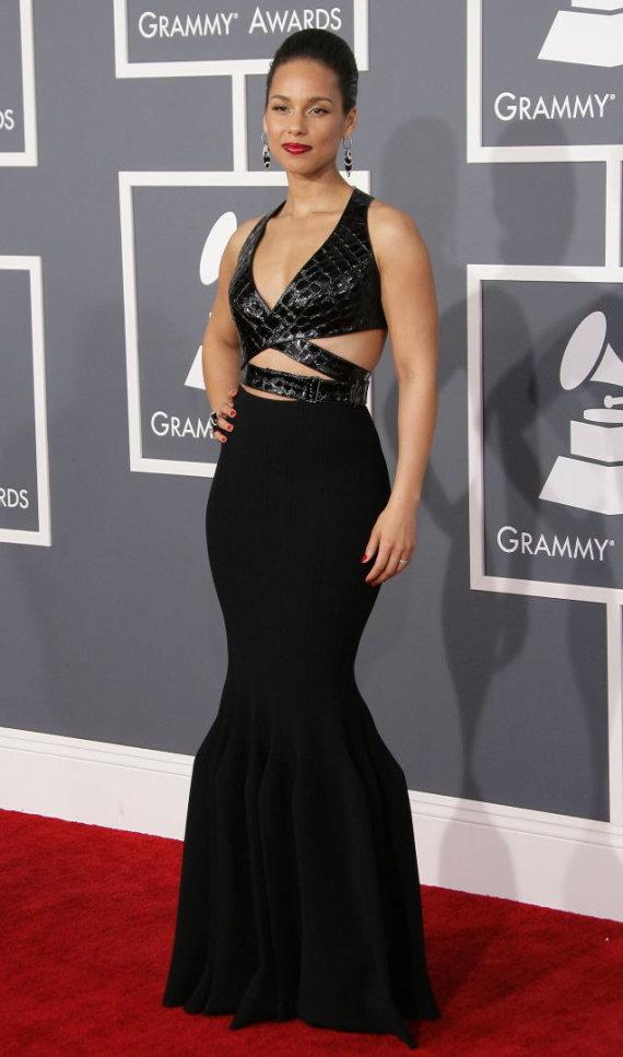 "Vida Press nuotr./Alicia Keys su ""Azzedine'as Alaïa"" suknele"