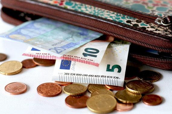www.worldoffshorebanks.com/Pinigai