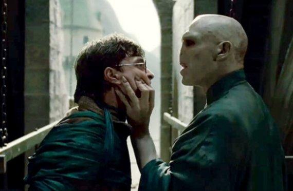 """Kadras iš filmo/""""Haris Poteris ir mirties relikvijos. 2 dalis"""""""
