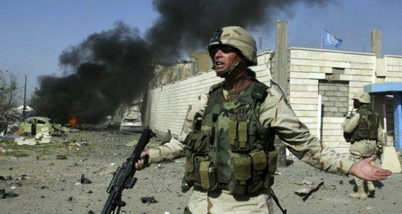 """""""Reuters""""/""""Scanpix"""" nuotr./JAV karys Bagdade 2003 metų rugpjūčio 19 dieną"""