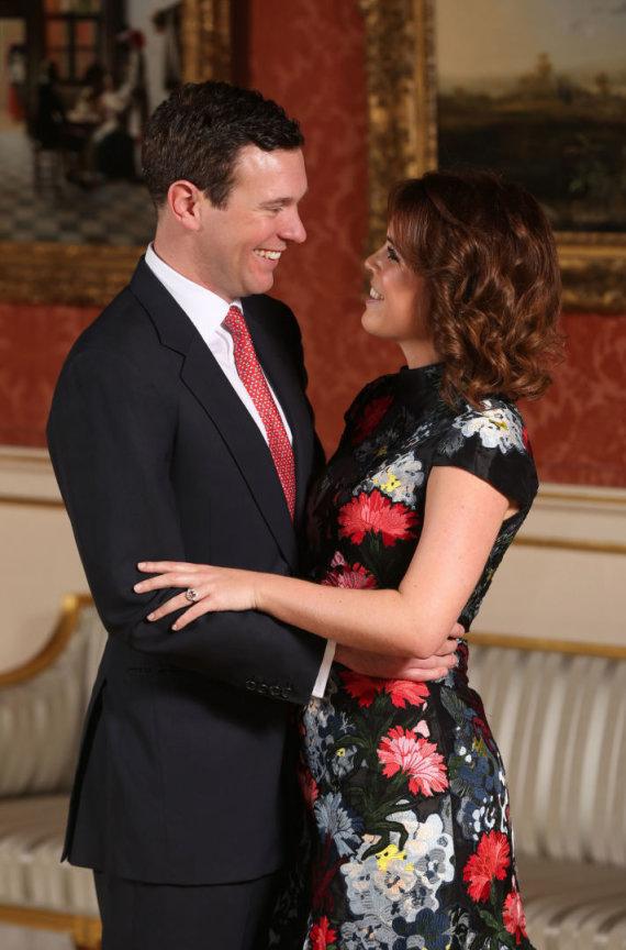 """AFP/""""Scanpix"""" nuotr./Princesės Eugenie ir Jacko Brooksbanko sužadėtuvių fotosesija"""