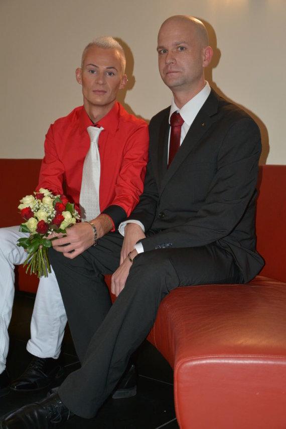 Asmeninio albumo nuotr./Mindaugas Gocht su vyru Wolfgangu