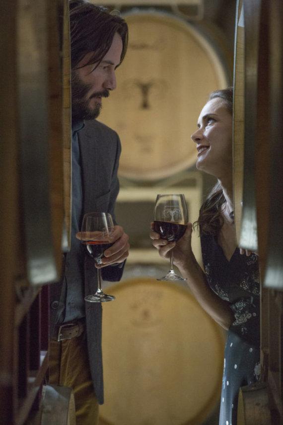 """Kadras iš filmo/Keanu Reevesas ir Winona Ryder filme """"Tikslas – vestuvės!"""""""