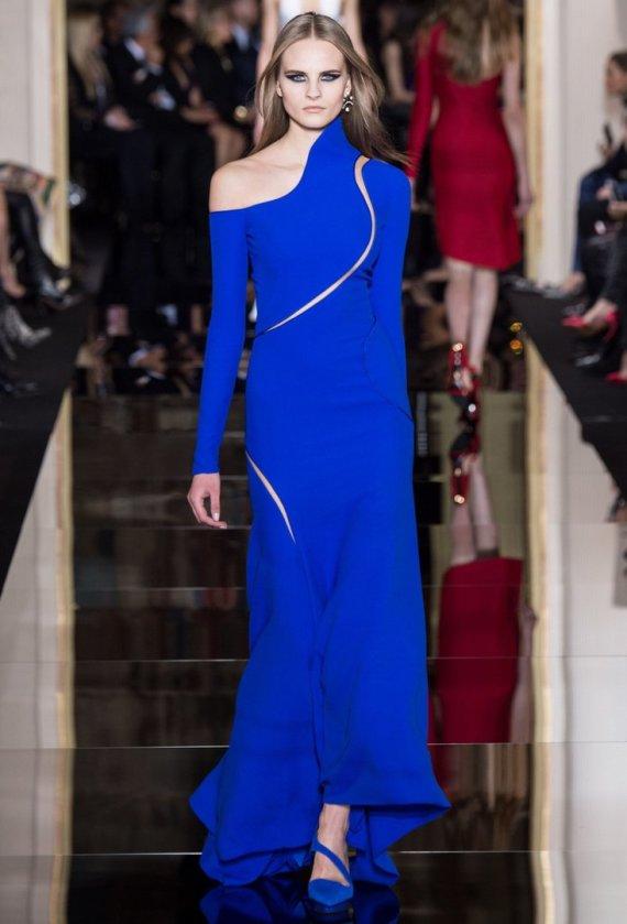 """""""Scanpix""""/""""SIPA"""" nuotr./Kristina Petrošiūtė """"Versace"""" kolekcijos pristatyme"""