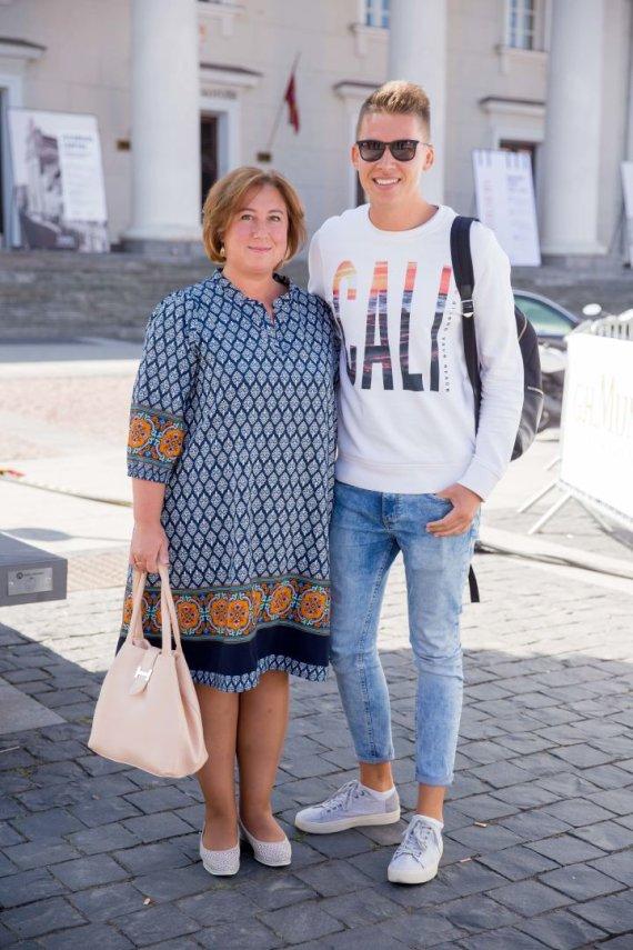 Josvydo Elinsko / 15min nuotr./Rimvydas Širvinskas – Makalius su mama