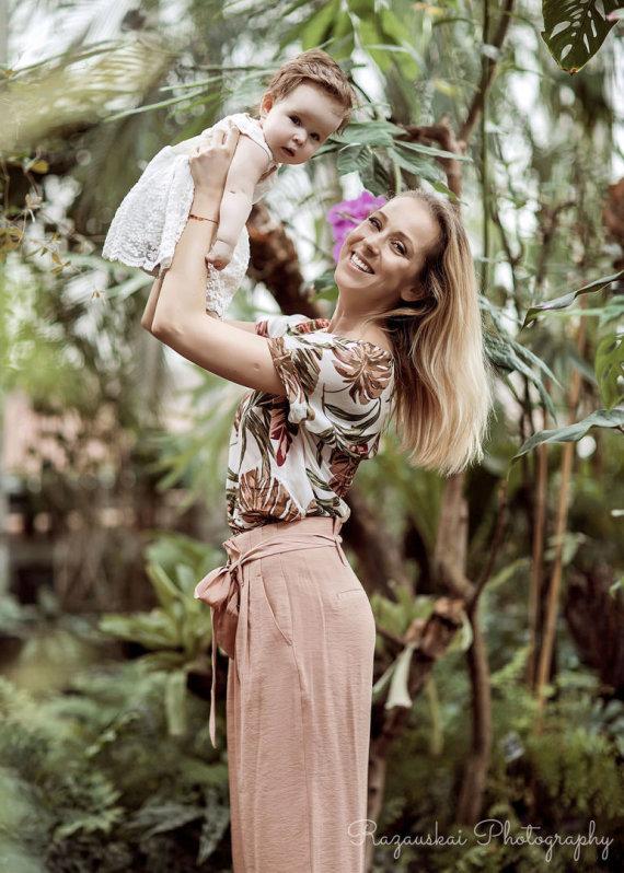 Akvilės Razauskienės nuotr./Ineta Stasiulytė su dukra Frėja