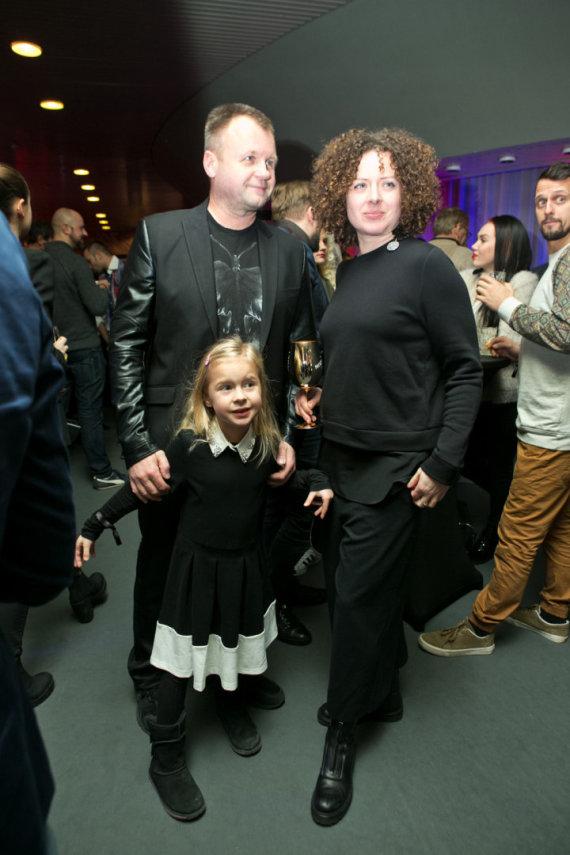 Gretos Skaraitienės/Žmonės.lt nuotr./Saulius Urbonavičius-Samas su žmona ir dukra