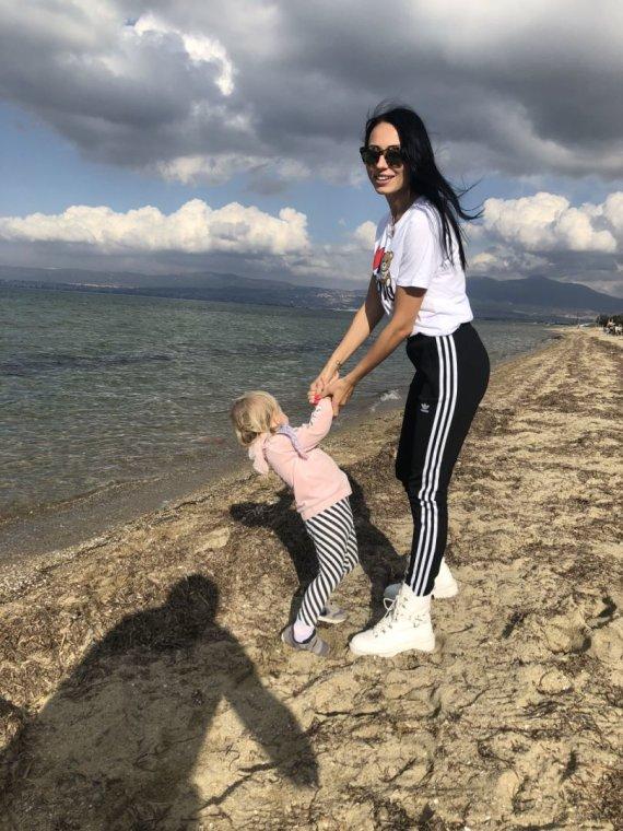Asmeninio albumo nuotr. /Gabrielė Rutkauskienė-Vasha su dukra Adrija